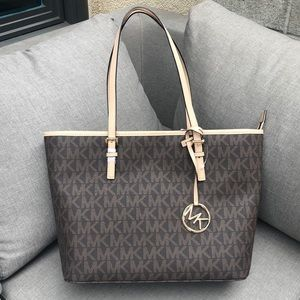 New Michael Kors Classic Brown & Gold Tote Purse